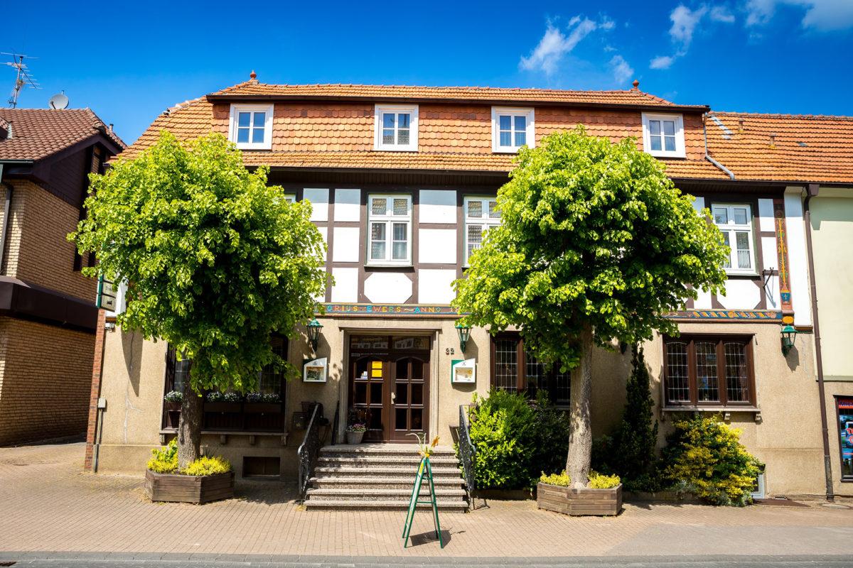 Gasthof-Ewers-aussen-01-1200x800.jpg